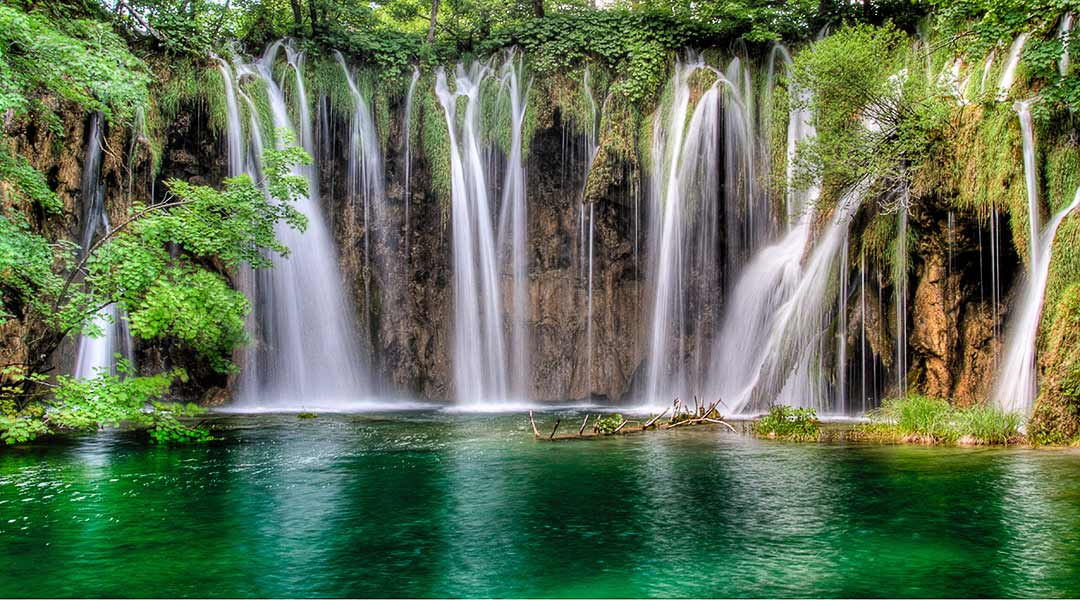 Plitvice lakes national park tours from Split,Omis and Makarska